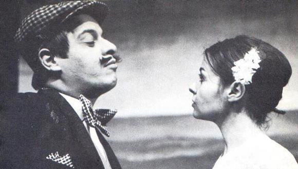 הכלה וצייד הפרפרים, תיאטרון העונות, 1967. בצילום: גילה אלמגור ויוסי בנאי